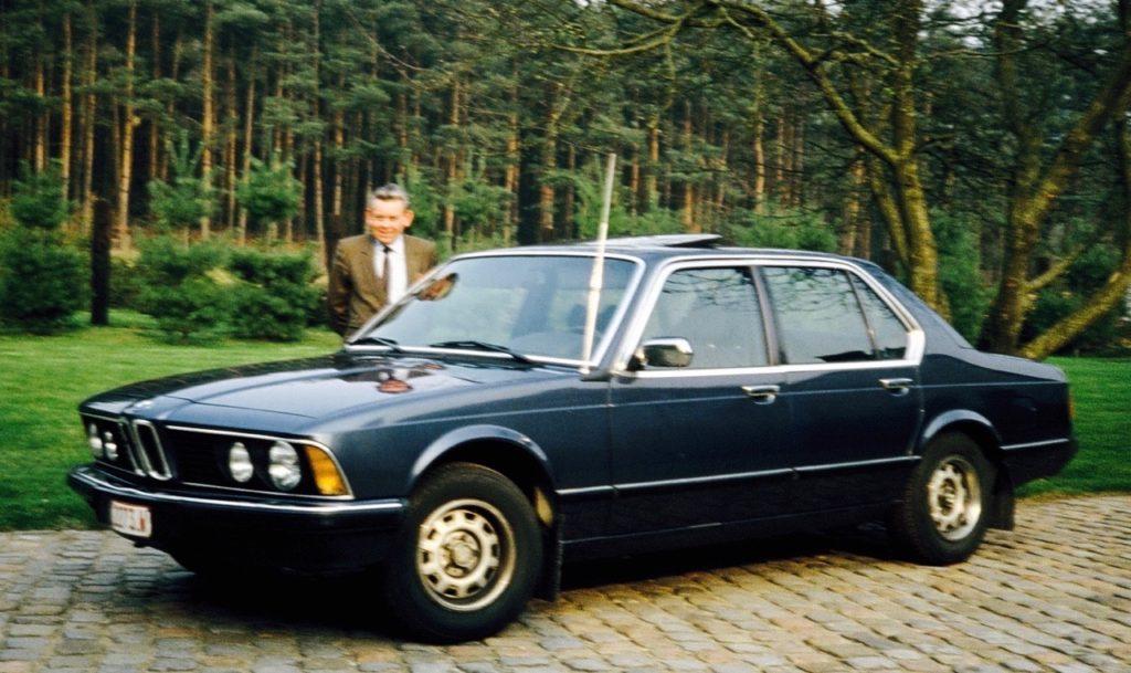 Deze afbeelding heeft een leeg alt-attribuut; de bestandsnaam is Godfried-voiture-1024x609.jpeg